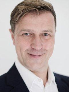 Portrait Juergen Schroeder